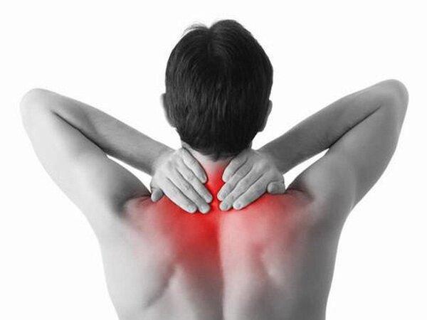 Biểu hiện lâm sàng của hội chứng vai gáy là cảm giác đau đớn hay nhức mỏi, yếu vùng cổ, vai, gáy