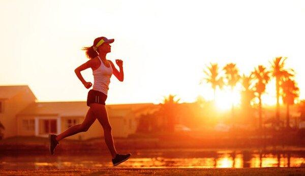 Người ít tập thể dục có thể bị đau cột sống thắt lưng