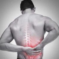 Đau lưng mạn tính do vận động mạnh