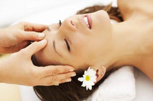 Chữa rối loạn tiền đình bằng cách ấn huyệt vùng trán, đầu giúp tinh thần thư giãn
